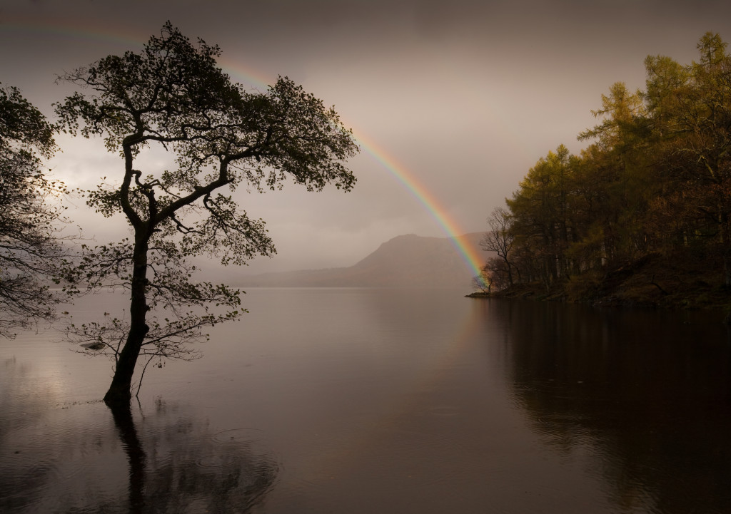 http://www.dreamstime.com/royalty-free-stock-photos-rainbow-derwent-water-england-image11905608