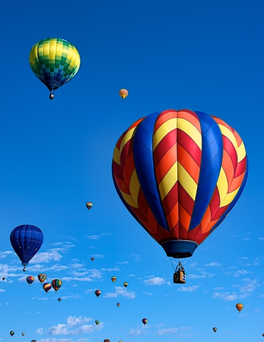 http://www.dreamstime.com/royalty-free-stock-image-balloon-festival-image21601696